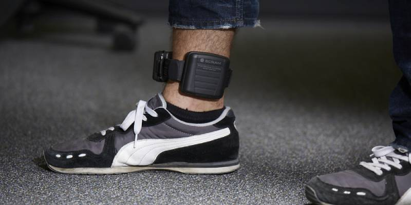 Judges can force offenders to wear sobriety bracelets